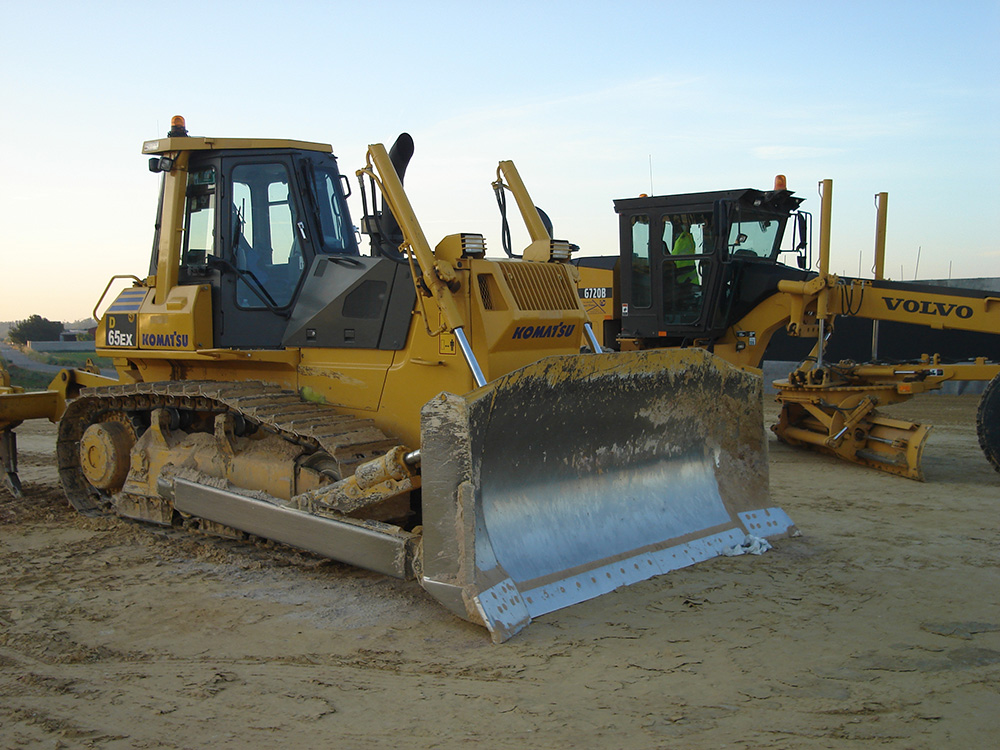 bulldozer-y-motoniveladora